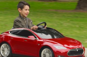 tesla-model-s-enfant-radio-flyer